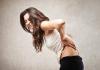 Đau lưng khiến bạn khó chịu và mệt mỏi