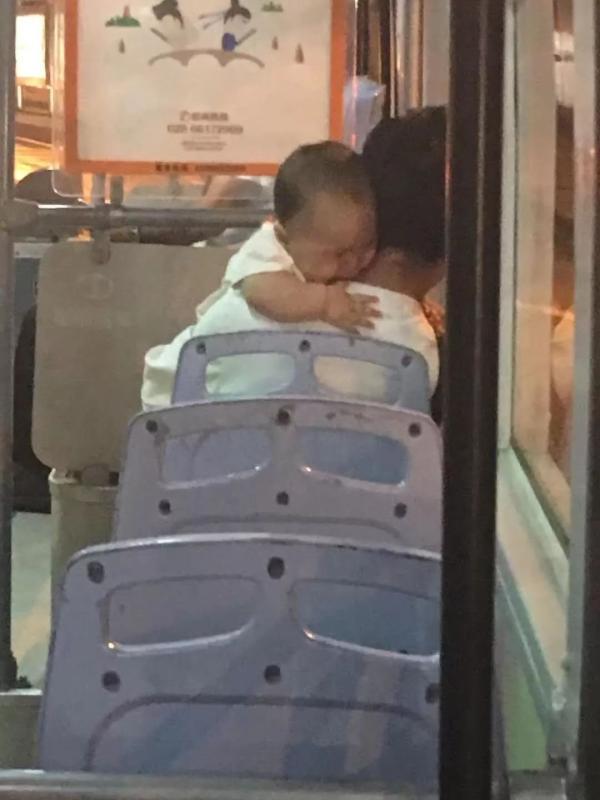 em bé bị bắt cóc, giải thoái thành công em bé bị bắt cóc
