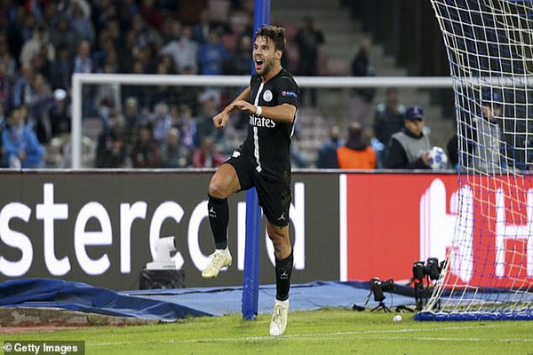 PSG rộng cửa đi tiếp Champions League