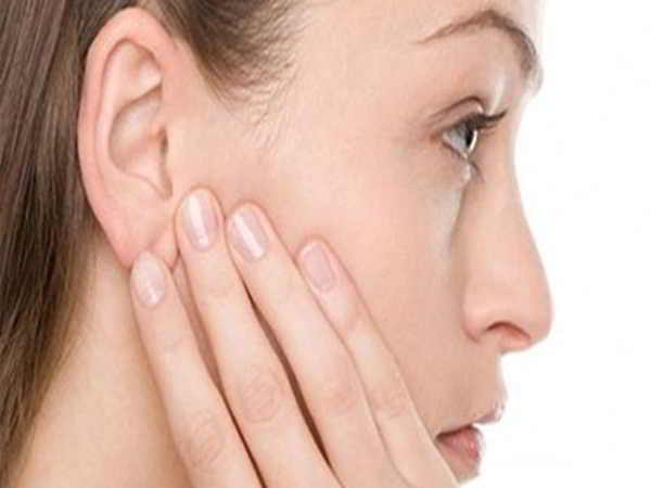 Cách trị nẻ mặt trả lại làn da căng bóng mịn màng