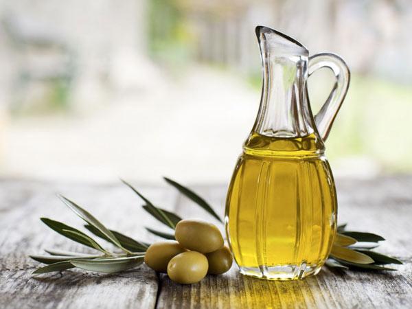 Dầu oliu được ứng dụng rất nhiều trong làm đẹp và chăm sóc sức khỏe