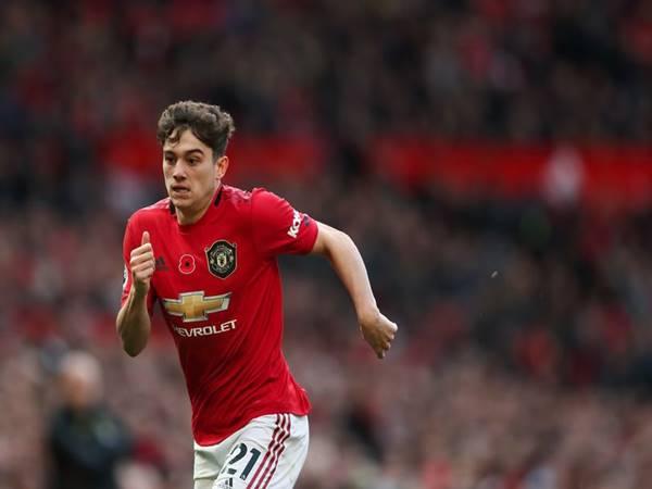 Man Utd lắng về phong độ của Daniel James