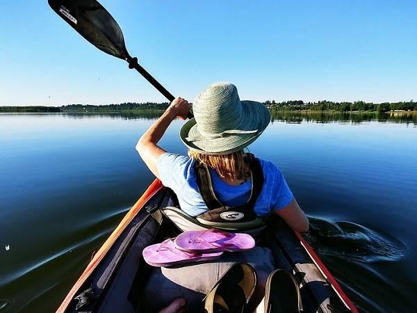 Mơ thấy mình đi tàu thuyền mang ý nghĩa gì, đánh con lô đề nào?