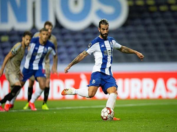 Nhận định bóng đá Porto vs Farense (2h15 ngày 11/5)