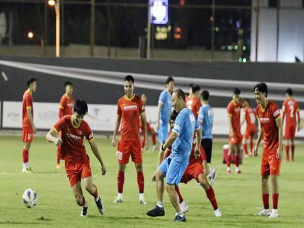 Bóng đá VN 1/9: Đội tuyển Việt Nam giảm khối lượng vận động